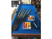 Pool table 6ft x 3ft non slate + accessories