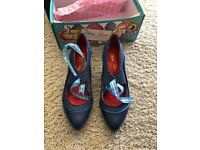 Poetic Licence ladies shoes size 6
