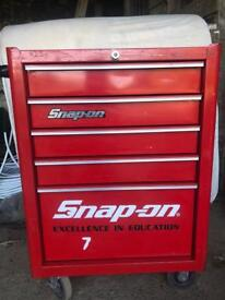 Snap On tool box with tool