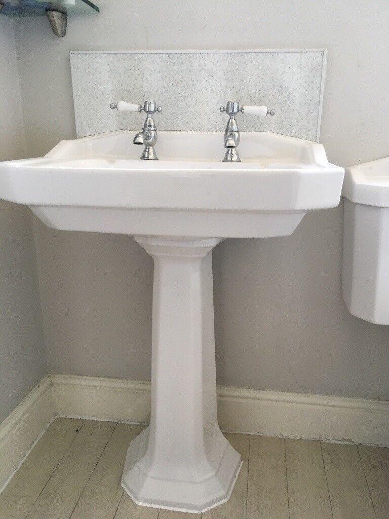 Traditional complete bathroom suite. Heritage brand. Bath, sink ...