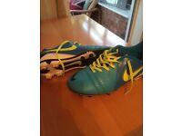Nike CTR 360 football boots