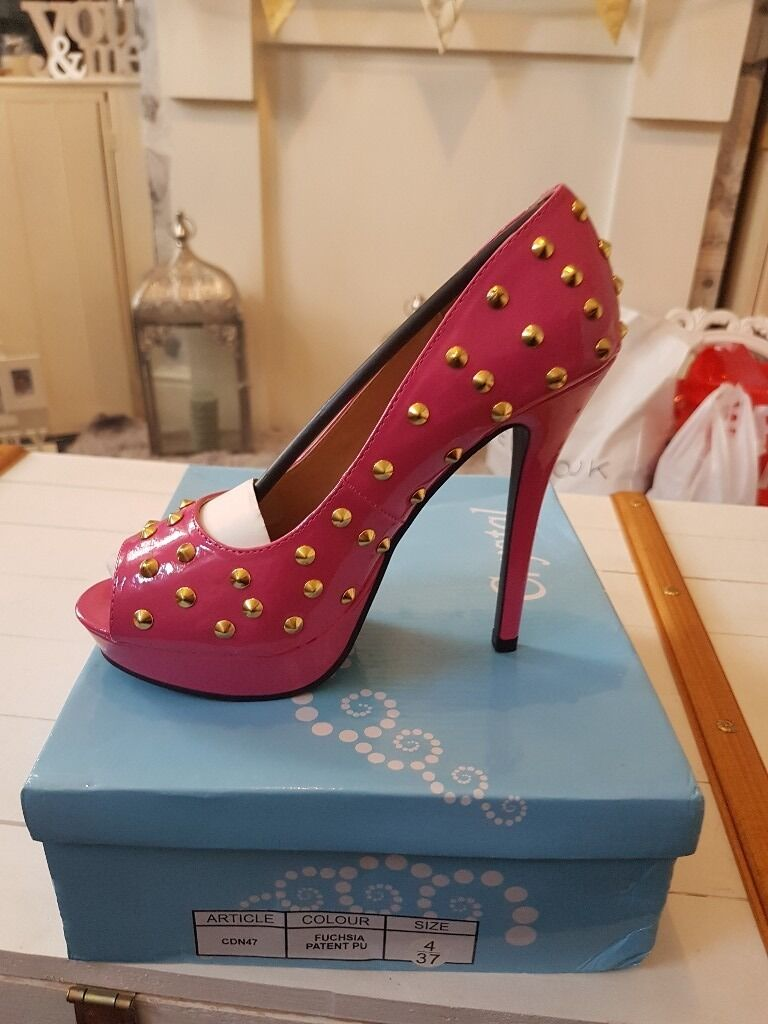 Brand new boxed size 4 heels