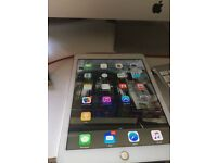 BOXED iPad Air wifi + 4g 16gb White and silver