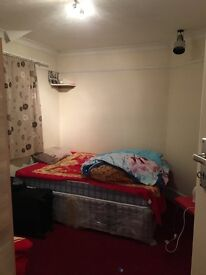 Clean family house on Langley road.. near all facilities..free internet