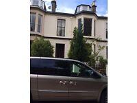 7-Bedroom House on Holyrood Crescent in Kelvinbridge, West End