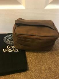 Versace Brown toiletries/wash/make-up bag. Measures approx. 21cms, 12cms, 13cms.