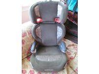 Graco Junior Maxi high-back car seat/booster