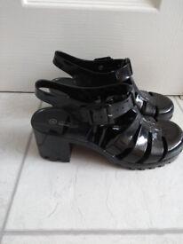 Ladies Black Plastic Heeled Sandals size 4 (Love Shoes by Internacionale)