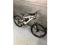 Saracen Myst size M Downhill Bike Nukeproof Specialized Trek Norco