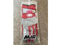 BRAND NEW- MIR K7 kart gloves- large