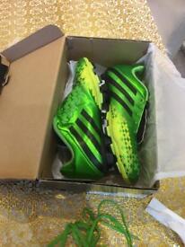 Adidas 7.5 football boots