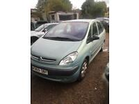 X reg citroen picasso 1.8cc petrol with tow bar