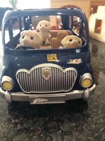 Huge Sylvanian families bundle! Cost over £1,000 includes 38 figures and &100's accessories