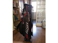 Junior golf bag with stand