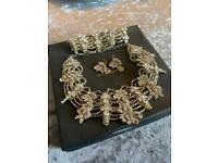 Leigh-Anne McCague Bridal Jewellery Set