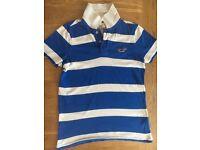Small men's hollister t-shirt