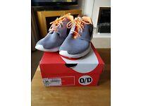 Nike rocherun trainers- size 6