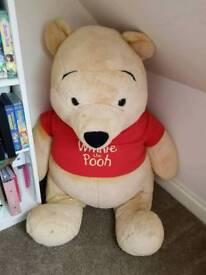 Giant Winnie the pooh teddy