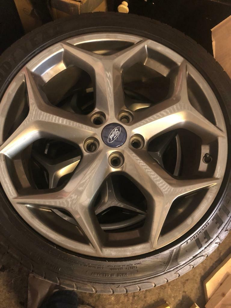 Ford Focus st alloys
