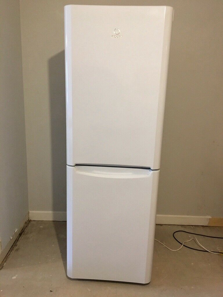 Indesit Fridge/Freezer - Model BIAA12P