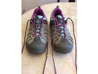 Merrell hiking trainers size 3