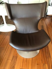 High quality leather swivel chair