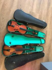 2 old Violins 🎻 and 3 cases for crafts up cycling