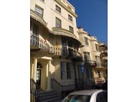 TWO BEDROOM FLAT REGENCY SQUARE BRIGHTON UNFURNISHED