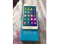 Samsung galaxy A5(2015) Unlocked (mint condition)