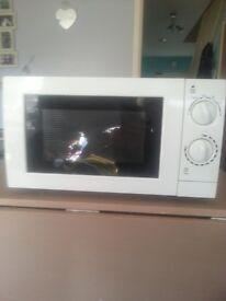 Microwave 700wt