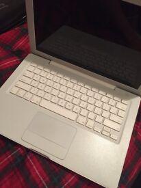 """13"""" Core Duo Apple MacBook 80GB"""