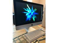 Apple Imac 21.5 inch 1 year old