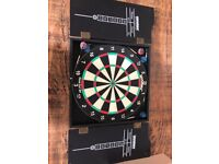 Dartboard with 5 Darts £10