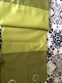 Pair curtains 66x90