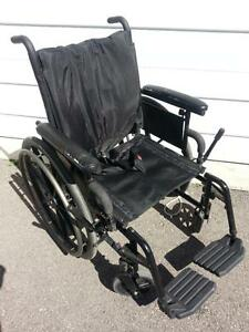 """#036  18"""" wide  Invacare Patriot manual folding aluminum frame wheelchair to sell for ONLY $200"""