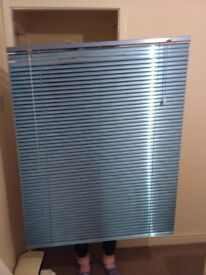 METAL ALUMINIUM BLINDS HOME OFFICE EASY FIT,blue,exelent condition