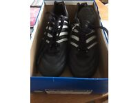 Adidas football boots-brand new size 8 1/2