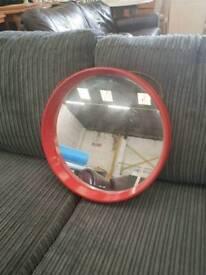Circle wall mirror