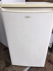 Matsui undercounter fridge with small freezer drawer
