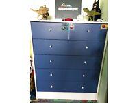 Children's bedroom drawers in blue