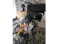 Wwe wrestling ring crash cage and 14 figures