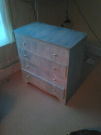 Four drawer chest of drawers, well made(dovetail joints)