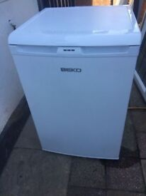 **FREEZER**BEKO**UNDERCOUNTER**FREEZER**ONLY £70**ONLY 1 YEAR OLD**COLLECTION\DELIVERY**
