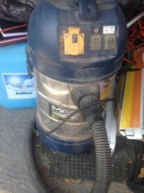 power tool dust extractor 240v