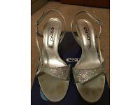 Silver Sparkle Shoe/sandal Size 4 (37)