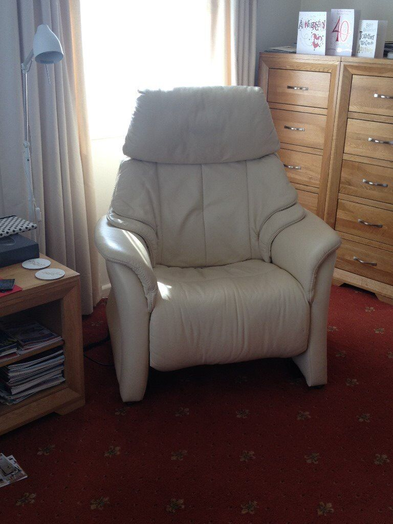 Electric Riser Recliner Chair - Himolla cream leather - as new condition