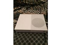 XBOX ONE S|2 CONTROLLERS
