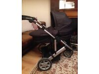 Mama and papas zoom travel system