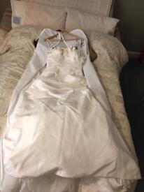 Wedding dress - Art Couture size 12