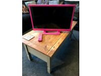 9 month old in great condition pink Alba 24inch TV/DVD Combi